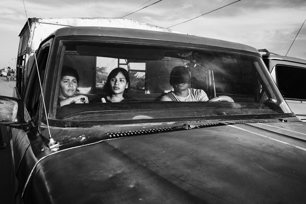 'Éxodo' lleva al World Press Photo a recorrer la realidad de la segunda crisis de movilidad más grande del mundo: la migración venezolana.